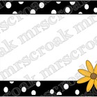 Labels: Daisy with B&W polka dots, 10 per page